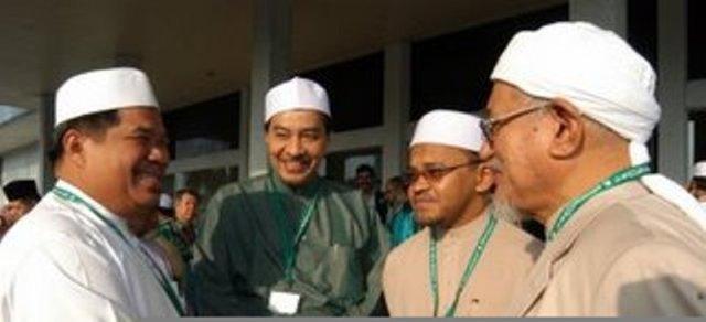 Presiden bersama 3 calon Timbalan Presiden