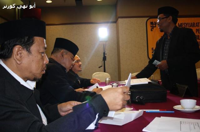 Kerja-kerja mengutip yuran oleh 'ahlong' bersongkok lagi bertaqwa