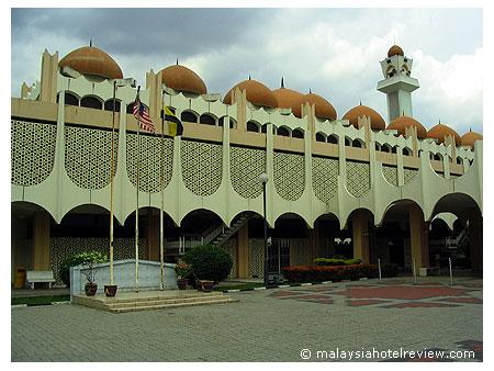 Filed under: Masjid Surau , Ziarah — Tinggalkan komen