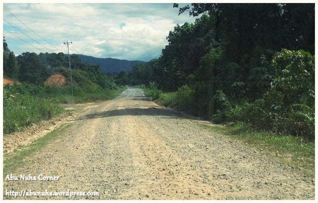 Jalan Naluyan-Mesapol Lama (3)