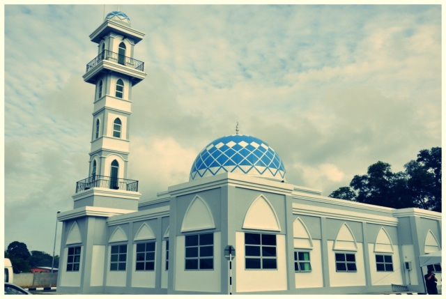 masjid durian tunjung1