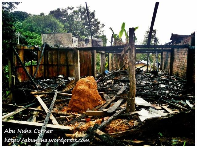 Rumah terbakar (1)