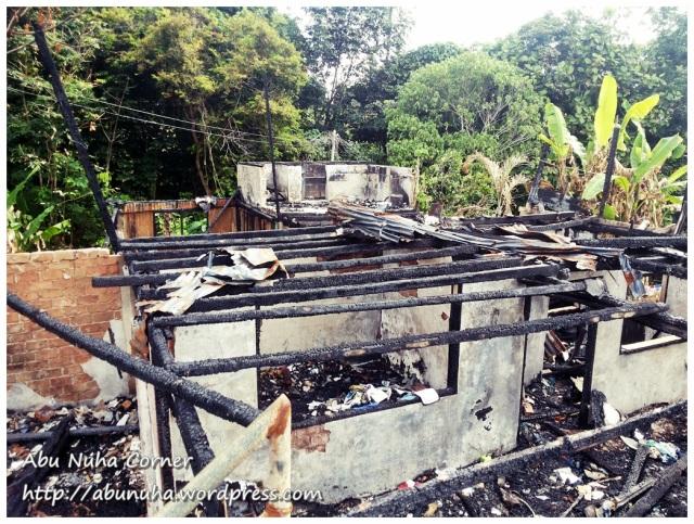 Rumah terbakar (7)