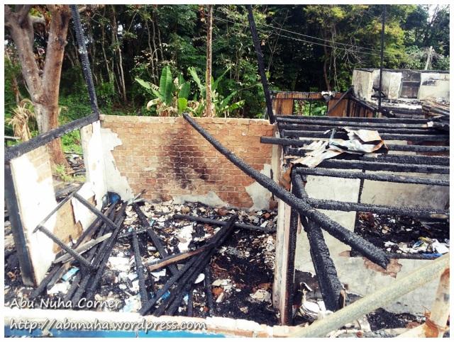 Rumah terbakar (8)