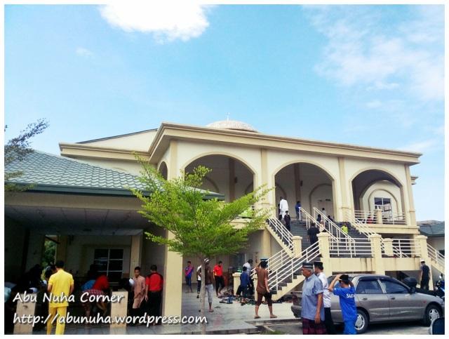 Masjid Daerah Putatan