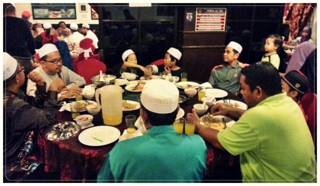 Makan Malam (4)