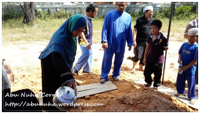 Almarhumah Hamidah Dewa (11)