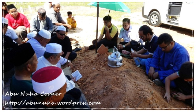 Almarhumah Hamidah Dewa (6)