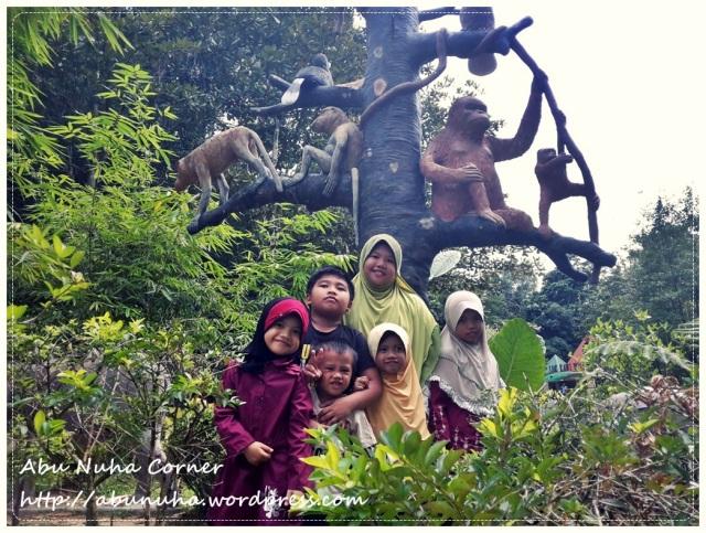 Zoo Lokkawi (5)