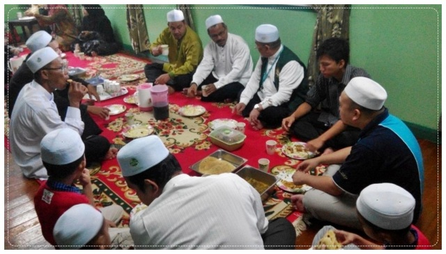 Sarapan Rumah Dr Aliakbar (5)