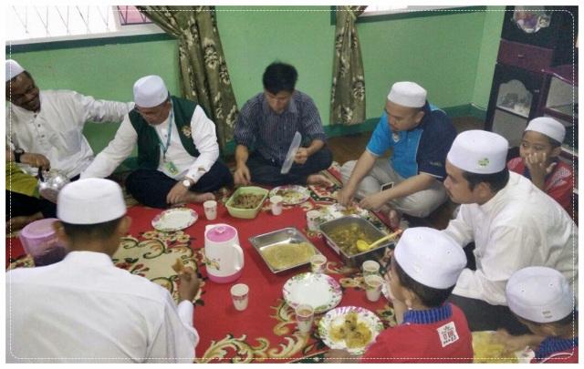 Sarapan Rumah Dr Aliakbar (6)